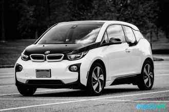 BMW i3 Electric Vehicle Urban Car Green Electrek-103 copy